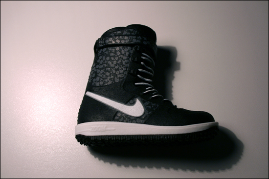 Nike Give Ing Shoes To Bands In England